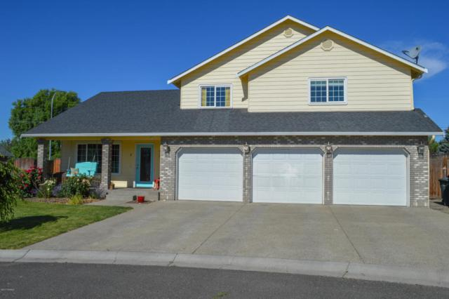 6 N 95th Pl, Yakima, WA 98908 (MLS #17-1523) :: Results Realty Group
