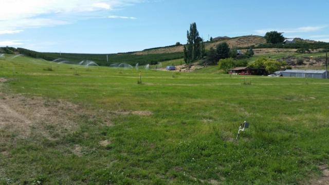 120 Shannon Rd, Yakima, WA 98908 (MLS #17-1526) :: Results Realty Group