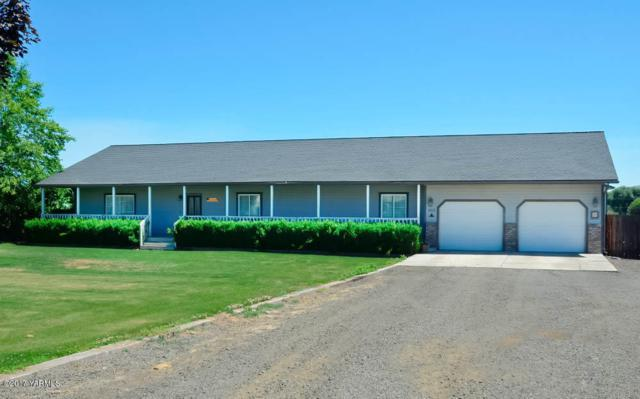 3213 S 99th Ave, Yakima, WA 98903 (MLS #17-1547) :: Results Realty Group