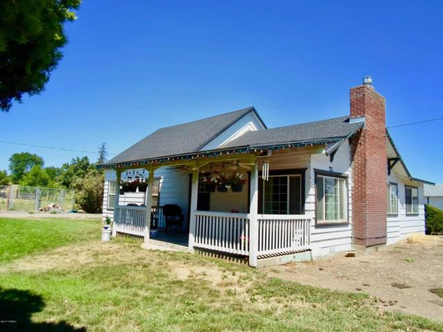 721 Durham Rd, Zillah, WA 98953 (MLS #17-1655) :: Results Realty Group