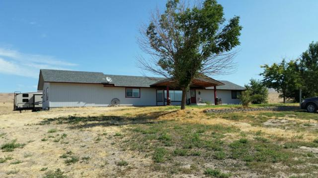 12471 Postma Rd, Moxee, WA 98936 (MLS #17-1795) :: Heritage Moultray Real Estate Services