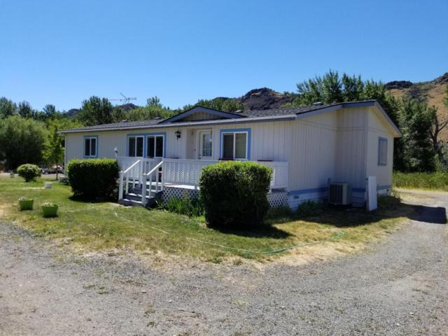 11992 Hwy 12, Naches, WA 98937 (MLS #17-1819) :: Heritage Moultray Real Estate Services