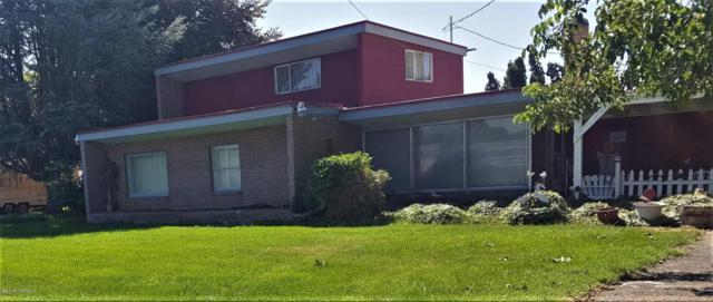 760 Bonnieview Rd, Grandview, WA 98930 (MLS #17-1840) :: Heritage Moultray Real Estate Services