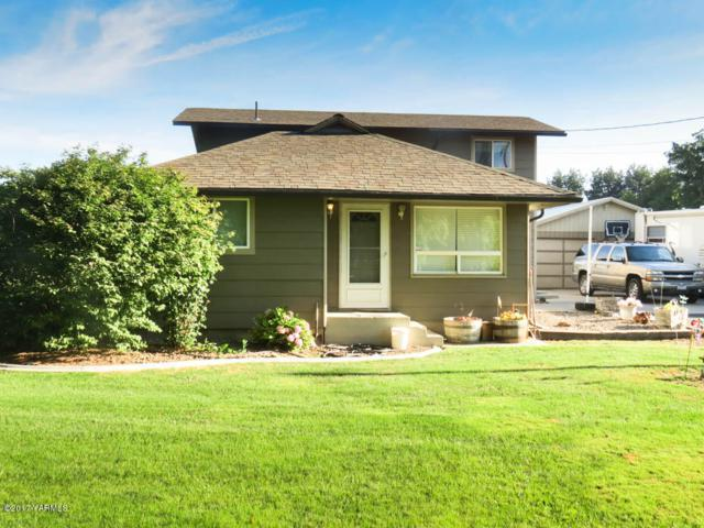 11501 Gilbert Rd, Yakima, WA 98903 (MLS #17-1843) :: Heritage Moultray Real Estate Services