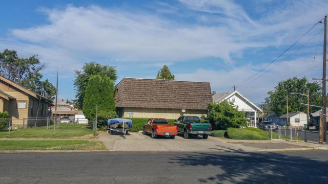 409 S 10th Ave, Yakima, WA 98902 (MLS #17-2050) :: Results Realty Group