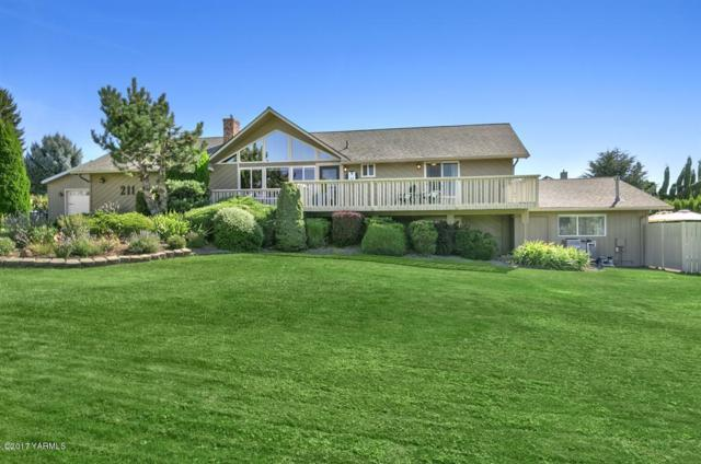 211 S 80th Ave, Yakima, WA 98908 (MLS #17-2076) :: Heritage Moultray Real Estate Services