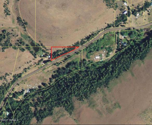 NNA South Fork, Yakima, WA 98903 (MLS #17-2243) :: Heritage Moultray Real Estate Services