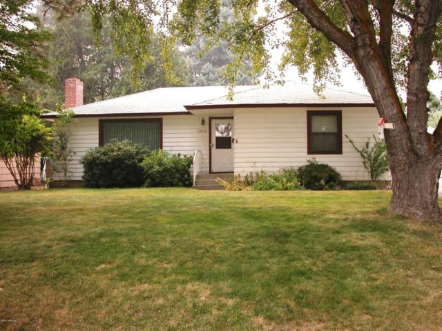 1312 S 6th Ave, Yakima, WA 98903 (MLS #17-2261) :: Heritage Moultray Real Estate Services