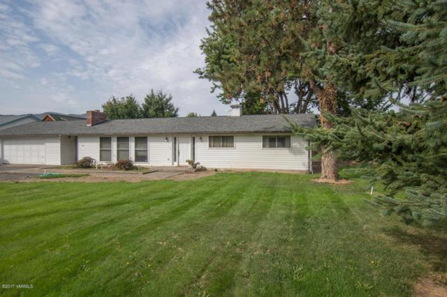 10240 Old Naches Hwy, Naches, WA 98937 (MLS #17-2300) :: Heritage Moultray Real Estate Services