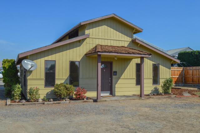 771 E Charron Rd, Moxee, WA 98936 (MLS #17-2309) :: Heritage Moultray Real Estate Services