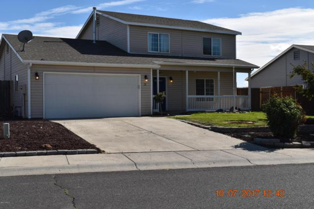 211 S 89th Ave, Yakima, WA 98908 (MLS #17-2563) :: Heritage Moultray Real Estate Services