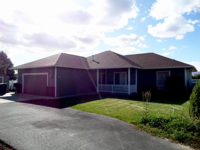 408 S 94th Ave, Yakima, WA 98908 (MLS #17-2618) :: Heritage Moultray Real Estate Services