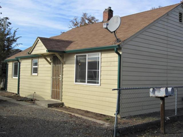 205 Lower Ahtanum Rd, Union Gap, WA 98903 (MLS #17-2733) :: Heritage Moultray Real Estate Services