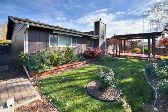 704 S 53rd Ave, Yakima, WA 98908 (MLS #17-2743) :: Heritage Moultray Real Estate Services