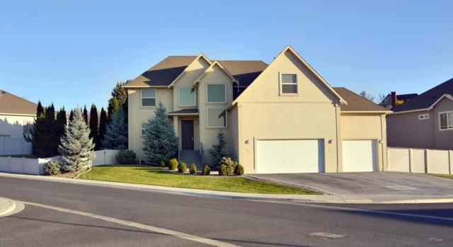 629 N 72nd Ave, Yakima, WA 98908 (MLS #17-2744) :: Heritage Moultray Real Estate Services