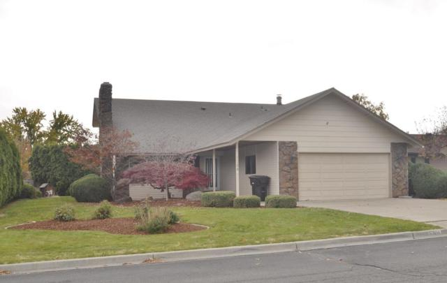5306 Webster Ct, Yakima, WA 98908 (MLS #17-2762) :: Heritage Moultray Real Estate Services