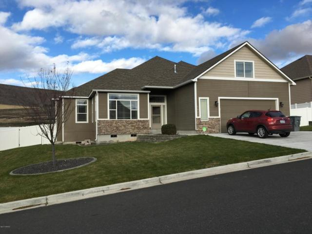 5007 Boulder Way, Yakima, WA 98901 (MLS #17-2875) :: Heritage Moultray Real Estate Services