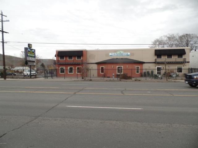 1023 N 1st St, Yakima, WA 98901 (MLS #17-728) :: Results Realty Group