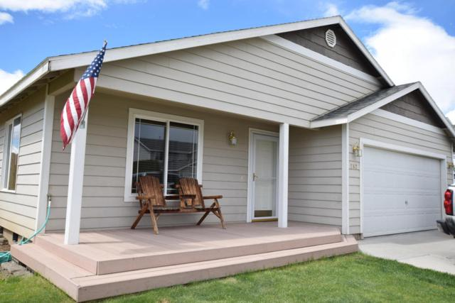 202 N Glacier St, Yakima, WA 98936 (MLS #18-1131) :: Results Realty Group