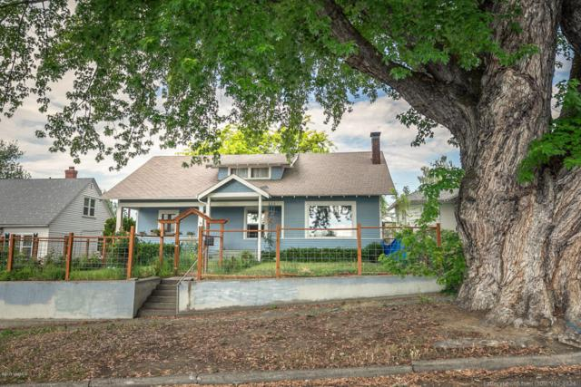 210 S 14th Ave, Yakima, WA 98902 (MLS #18-1193) :: Heritage Moultray Real Estate Services