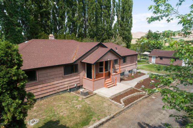 2000 Reservoir Loop Rd, Selah, WA 98942 (MLS #18-1198) :: Heritage Moultray Real Estate Services