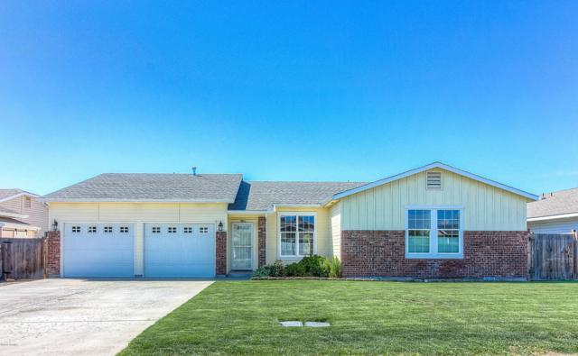 7906 Hope Ln, Yakima, WA 98903 (MLS #18-1230) :: Heritage Moultray Real Estate Services