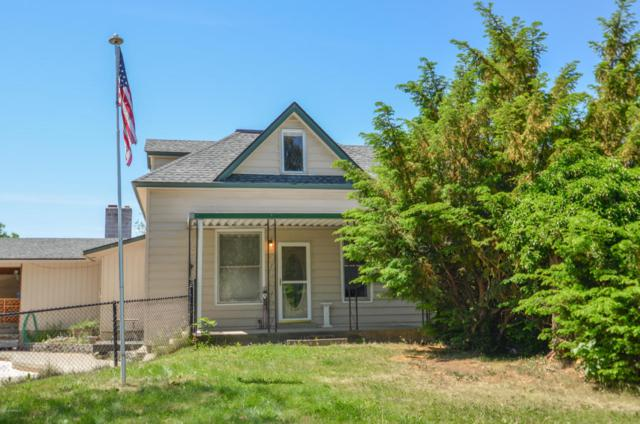 5840 Old Naches Hwy, Naches, WA 98937 (MLS #18-1232) :: Results Realty Group