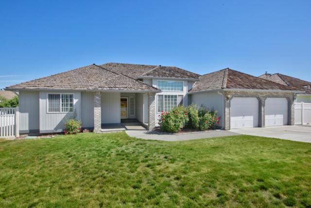 1503 Cedar Ln, Selah, WA 98942 (MLS #18-1255) :: Heritage Moultray Real Estate Services