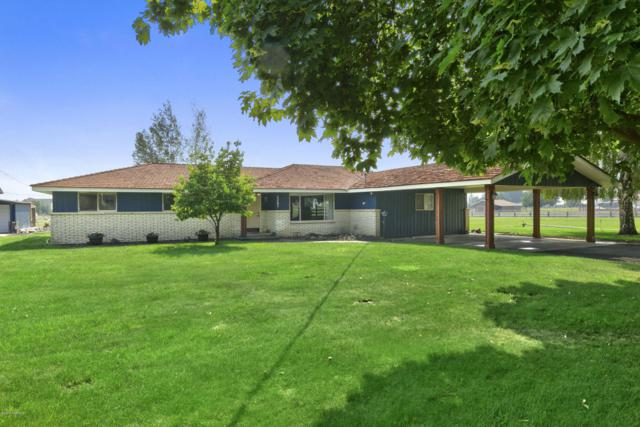 3207 S 90th Ave, Yakima, WA 98903 (MLS #18-143) :: Heritage Moultray Real Estate Services