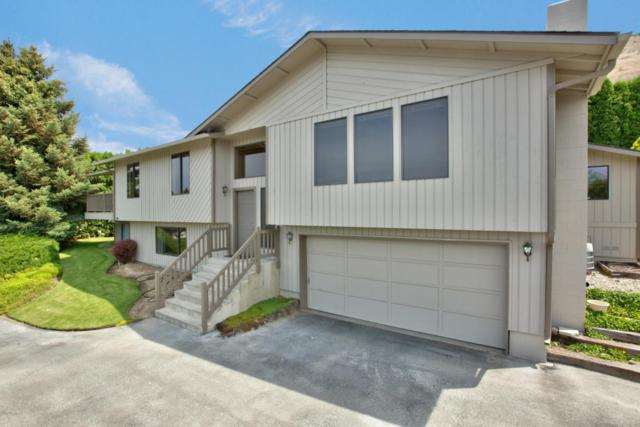 121 Cedar Hill Dr, Yakima, WA 98908 (MLS #18-1443) :: Heritage Moultray Real Estate Services