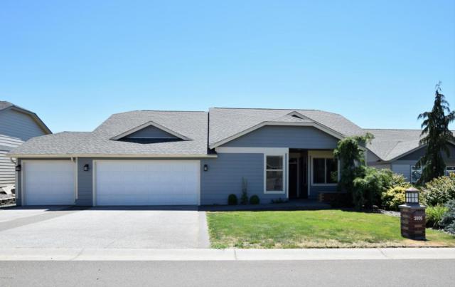 3906 Seasons Pky, Yakima, WA 98901 (MLS #18-1700) :: Heritage Moultray Real Estate Services