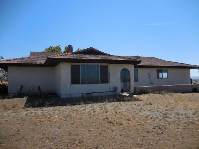 1211 St. Hilaire Rd, Yakima, WA 98901 (MLS #18-1730) :: Heritage Moultray Real Estate Services