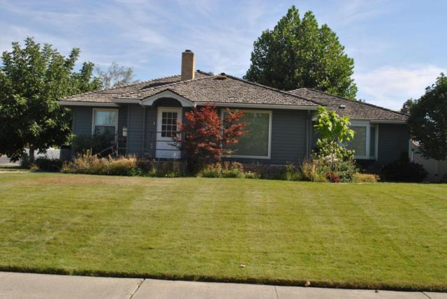 1835 Benson Ave, Prosser, WA 99350 (MLS #18-1811) :: Heritage Moultray Real Estate Services