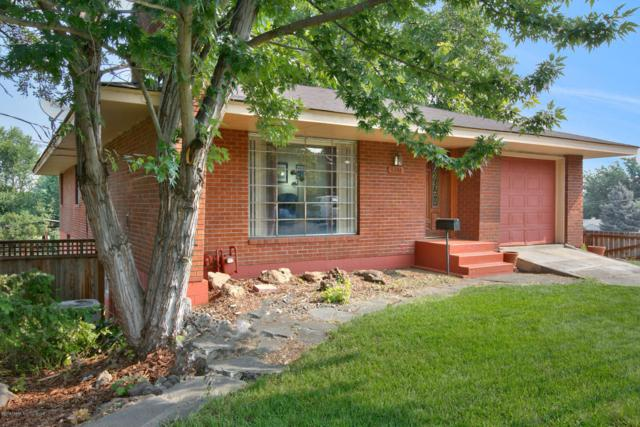 3211 Summitview Ave, Yakima, WA 98902 (MLS #18-2037) :: Results Realty Group