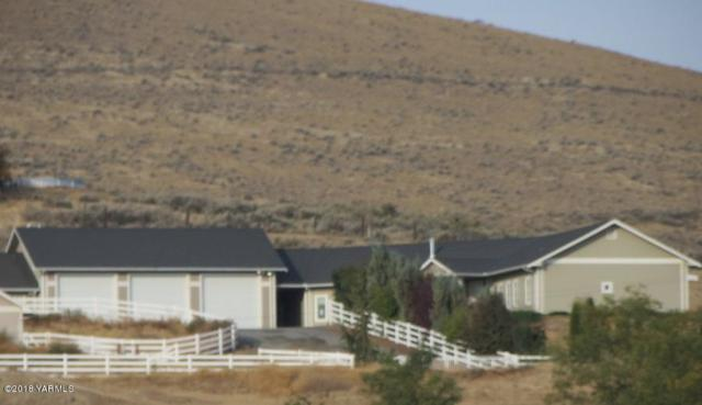 300 Desiree Ln, Moxee, WA 98936 (MLS #18-218) :: Heritage Moultray Real Estate Services