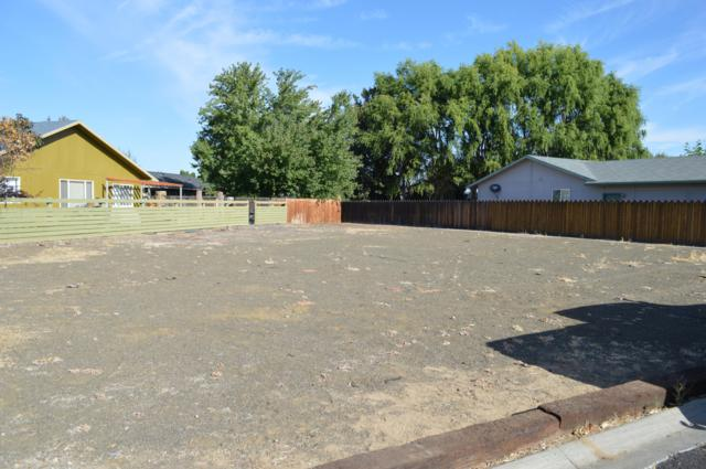 NNA Fremont Dr, Yakima, WA 98908 (MLS #18-2323) :: Heritage Moultray Real Estate Services