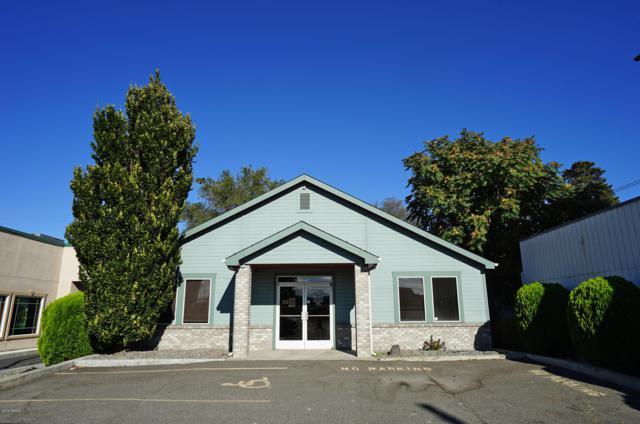 611 N 1st St, Yakima, WA 98901 (MLS #18-2517) :: Results Realty Group