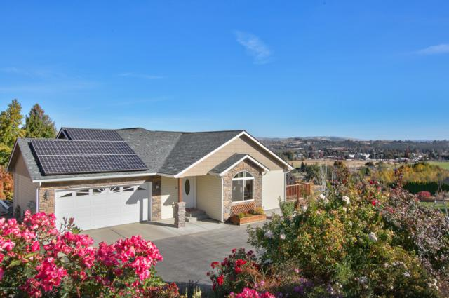 121 Echo Glen Pl, Yakima, WA 98908 (MLS #18-2589) :: Results Realty Group