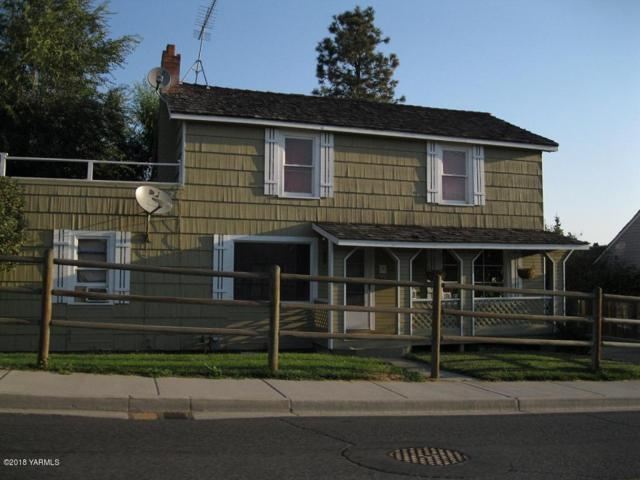 709 W Fremont Ave, Selah, WA 98942 (MLS #18-2714) :: Heritage Moultray Real Estate Services