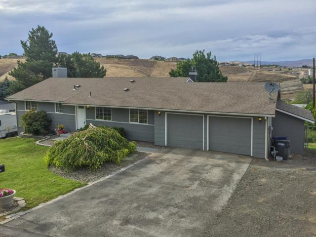 903 Ridgeview Ave, Selah, WA 98942 (MLS #18-2731) :: Heritage Moultray Real Estate Services