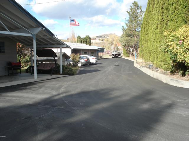 200 Barnes Rd, Yakima, WA 98908 (MLS #18-2736) :: Results Realty Group