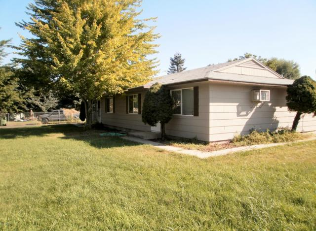 501/503 S 5th St, Selah, WA 98942 (MLS #18-2776) :: Heritage Moultray Real Estate Services
