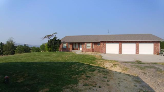 280 Deweese Ln, Yakima, WA 98901 (MLS #18-2780) :: Heritage Moultray Real Estate Services