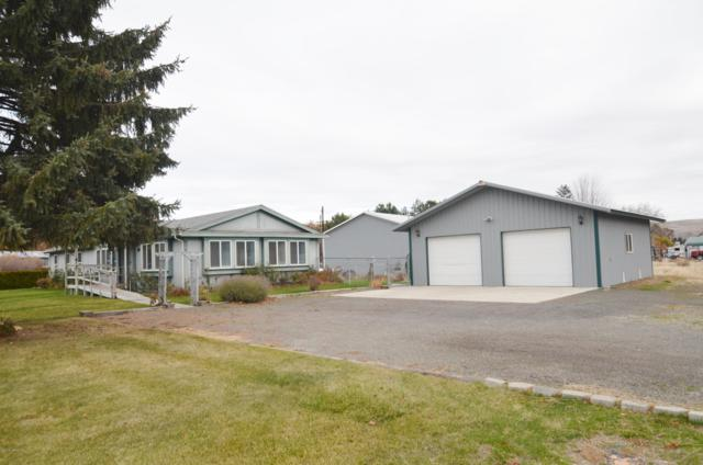 10581 Us Hwy 12, Naches, WA 98937 (MLS #18-2810) :: Heritage Moultray Real Estate Services