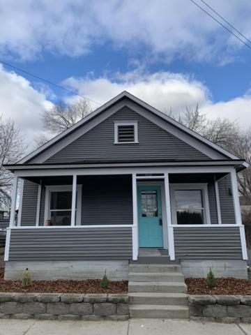 309 E I St, Yakima, WA 98901 (MLS #18-2912) :: Heritage Moultray Real Estate Services