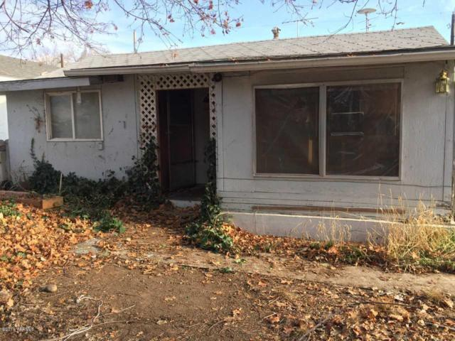 909 S 4th Ave, Yakima, WA 98902 (MLS #18-2952) :: Results Realty Group