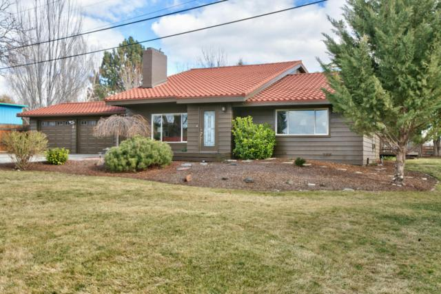 801 Pickens Rd, Yakima, WA 98908 (MLS #18-325) :: Heritage Moultray Real Estate Services