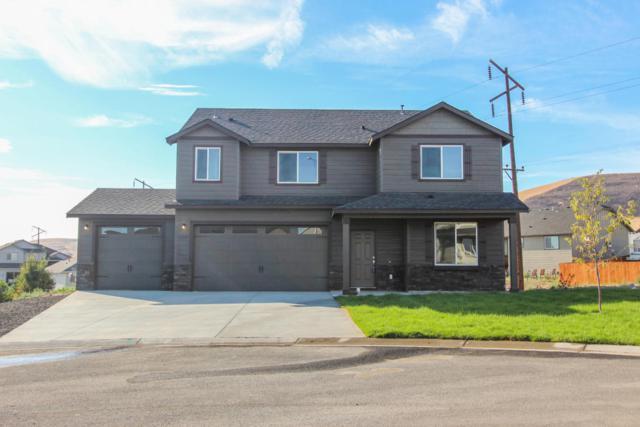 7901 W Whatcom Ave Lot #3, Yakima, WA 98903 (MLS #18-438) :: Heritage Moultray Real Estate Services