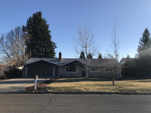 318 Mcdowell St, Naches, WA 98937 (MLS #18-488) :: Results Realty Group