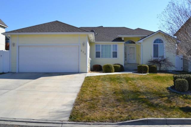 803 Mt. Aix Way, Yakima, WA 98901 (MLS #18-516) :: Heritage Moultray Real Estate Services